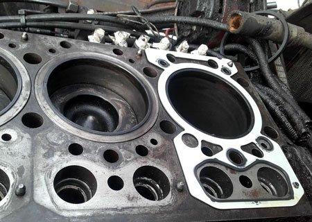 Рено Мажор: Замена прокладок и протяжка головок блока двигателя МИДР-062045