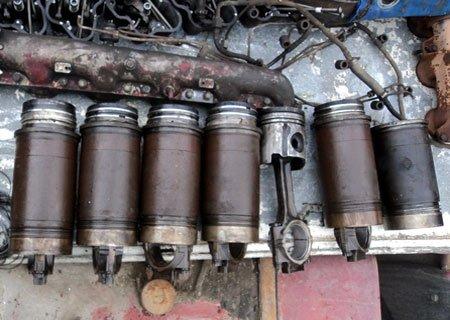 Рено Мажор: Разбор двигателя МИДР-062045 и замена гильзы с поршнем