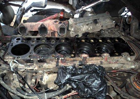 Ивеко Евростар: Замена прокладки и протяжка головок блока двигателя Магирус 8210