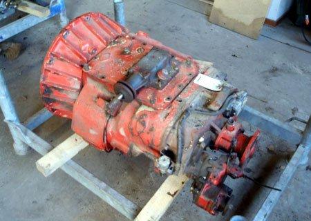 Ивеко Евростар: Ремонт сломанной вилки переключения передач КПП Eaton TS 11612