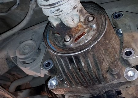 Toyota RAV4: Замена сальника хвостовика заднего дифференциала
